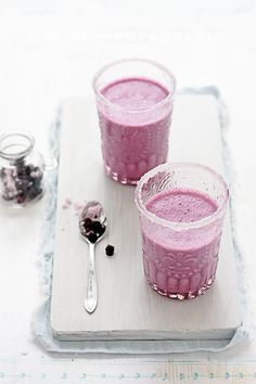 Blueberry Lassi//