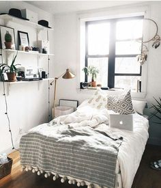 101 Simple Small Bedroom Design Ideas That Are Look Stylishly Space Saving - Home Bedroom, Bedroom Decor, Master Bedroom, Queen Bedroom, Gray Bedroom, Modern Bedroom, Dream Rooms, My New Room, House Rooms