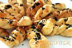Peynirli Tuzlu Kurabiye Tarifi | Yemek Tarifleri Sitesi | Oktay Usta, Pratik Yemekler
