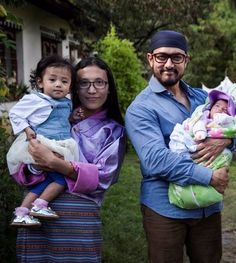 Aamir Khan wins hearts in Bhutan as he poses with these adorable kiddos