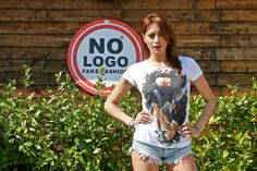 Wear No Logo, Enjoy the Party!