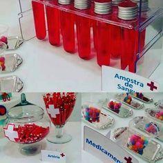 Tema : Medicina. Hospitalar  #tubete  amostra de sangue  #fine  artéria  #m&M  medicamento  #boanoite  #dec_ideias #decoracao #mesa #sobreamesa #lindo #tema #toalha #decoracao #parabens #vermelho  #sangue  #temahospital  #temamedicina  #festadamedicina