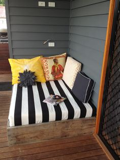 DIY Outdoor Day Bed....hmmm...maybe instead of the hammock?
