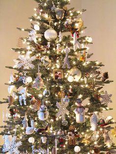 christmas trees with white lights #christmastree #christmastrees #christmasdecor #christmastreetheme #christmastreecolors  #christmasdecorations #deckthehalls #christmasspirit #GeneralChristmas #christmastreeornaments #christmastreetopper #Christmastreedecor #christmastime