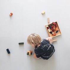 Making #cars with wooden blocks  @mamamargaritha #woodenstory #woodenblocks #woodentoys #ecotoys #greentoys #rainbowblocks  coloured with #ecocertifiedpaint finished with #beeswax  and #botanicaloils  #handcrafted #artisantoys #heirloomtoys #montessoritoys #waldorftoys