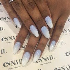 Blue grey & white ombré nails for @safia_mafia by @yuri.artist #nailart…