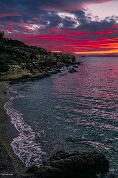 Small beach - Small beach in Athens! Athens Beach, Beautiful Sunset, Beautiful Places, Sunsets, Greece, Scenery, River, Celestial, Landscape