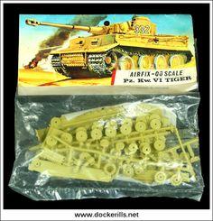 Vintage Airfix Tiger Tank OO Scale Kit. Vintage Red Stripe Bag. Airfix Models, Airfix Kits, 60s Toys, Tiger Tank, Striped Bags, Army Men, Vintage Models, Model Kits, Past Life