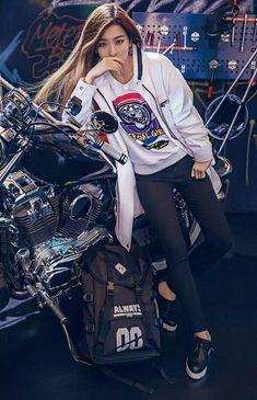 Red Velvet Seulgi Kpop Fashion for Metersbonwe 2015 Park Sooyoung, Kpop Girl Groups, Kpop Girls, Korean Girl, Asian Girl, Korean Style, Shinee, Hyuna, Kang Seulgi