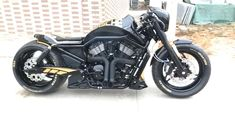 "Harley-Davidson V Rod ""Porsche"" by SQ Custom - Moto Guzzi Softail Bobber, Harley Softail, Suzuki Scrambler, Scrambler 125, Vrod Harley, Harley Bikes, Harley V Rod, Triumph Scrambler, Triumph Bonneville"
