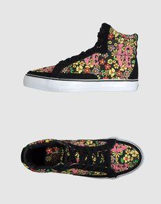 2219ba7d4630 16 Best sneaker city images