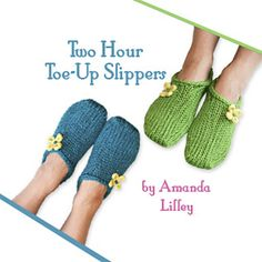 This popular slipper pattern is knit from the toe up using bulky yarn OR worsted yarn held double.I recommend using Cascade 220 superwash or Cascade 128 superwash. Each pair only takes 1 ball of either yarn. Knitting Socks, Hand Knitting, Knitting Patterns, Knitted Slippers, Slipper Socks, Knitting Projects, Crochet Projects, Knit Picks, Knit Or Crochet