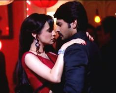 Rangrasiya is getting day by day most popular indian television show due to its different story and excellent starring with Ashish Sharma and Sanaya Irani.Rudra and Paro's ROMANTIC SCENES are very nice and heart touching.