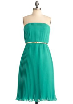 Let's Ver-dance Dress pretty color to wear to a wedding or for bridesmaids Retro Vintage Dresses, Vintage Inspired Dresses, Dresses For Sale, Cute Dresses, Turquoise Dress, Mod Dress, Dance Dresses, Dress Me Up, Dress To Impress