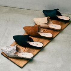 Spira Women S Shoes Discount Refferal: 9206439240 Trendy Shoes, Casual Shoes, Mules Shoes, Flats, Shoes Photo, Mode Streetwear, Spring Shoes, Shoe Closet, Me Too Shoes