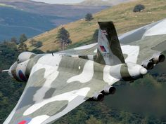 Vulcan in flight. XH588 is the last flying Vulcan she is to be grounded in 2016 over safety fears.