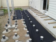 Footing Foundation, Laying Decking, Deck Construction, Diy Deck, Building A Deck, Deck Design, Good Company, Outdoor Pool, Planer
