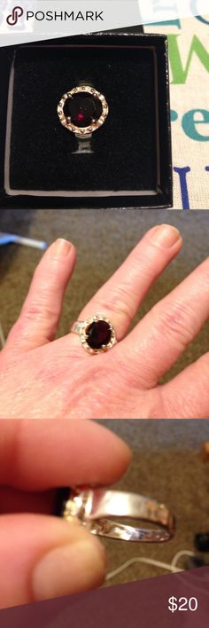 Women's sterling silver and ruby ring Women's sterling silver with lab created ruby size 8 needs to be cleaned but other than that it's in pretty good shape 925 Zales Jewelry Rings