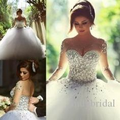 2016 Long Sleeve Wedding Dresses with Rhinestones Crystals Backless Ball Gown Wedding Dress Vintage Bridal Gowns Spring Quinceanera Dresses