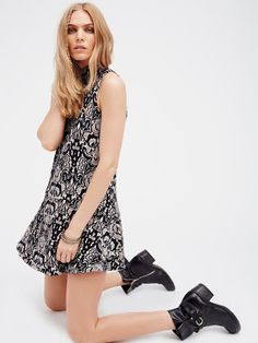 vestidos cortos y pegados de moda