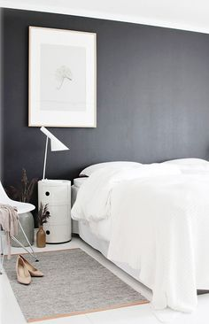 Black-and-white-bedroom-design-picture - Home Decorating Trends - Homedit Dream Bedroom, Home Bedroom, Bedroom Decor, Bedroom Wall, Bedroom Ideas, Peaceful Bedroom, Bedroom Interiors, Budget Bedroom, Bedroom Designs