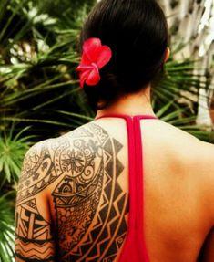 Image from http://tattooandbody.com/wp-content/uploads/2013/10/Traditional-Hawaiian-Tattoos-For-Women.jpg.