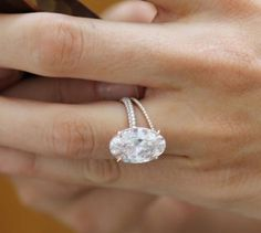 Blake Lively's ring... yes please! In white sapphire and rose gold!! Loooove the skinny band!!