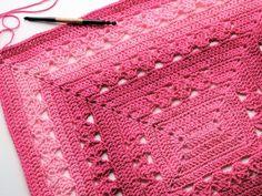 Ravelry: Lunar Crossings Rectangle Blanket pattern by Kim Guzman Granny Square Crochet Pattern, Afghan Crochet Patterns, Crochet Squares, Crochet Afghans, Granny Squares, Crochet Bags, Crochet Square Blanket, Crochet Ideas, Crochet Projects