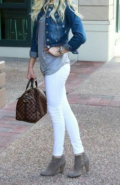 Grey boots outfit, white jeans winter outfit, gray boots ankle, ankle b Grey Boots Outfit, White Pants Outfit, Jeans Outfit Winter, Fall Jeans, Outfit Jeans, Gray Boots, Outfits With Grey Boots, Summer Jeans, White Jeans Outfit Summer