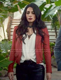 Isabelle's red moto jacket on Shadowhunters. Outfit Details: https://wornontv.net/72529/ #Shadowhunters