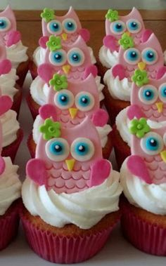 Owls cupcakes M& Owl Cupcakes, Cupcakes Design, Baby Shower Cupcakes, Shower Cakes, Cupcake Cookies, Fondant Toppers, Cupcake Toppers, Owl Birthday Parties, Animal Cakes