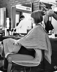 Bob Hairstyles, Haircuts, Short Hair Cuts, Short Hair Styles, Barbershop, Hair Beauty, Nice, Bobs, Shopping