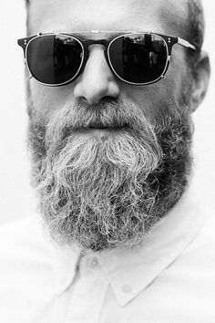60 Grey Beard Styles For Men - Distinguished Facial Hair Ideas Beards And Mustaches, Grey Beards, Moustaches, Beard Styles For Men, Hair And Beard Styles, Street Style Vintage, Moda Blog, Beard Love, Awesome Beards