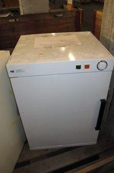 Wärmeschrank Swiss Army, Washing Machine, Laundry, Home Appliances, Army, Catalog, Cabinet, House Appliances, Laundry Service