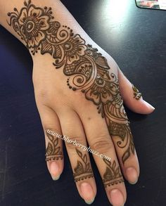 Henna Design By Fatima Henna Hand Designs, Mehndi Designs Finger, Mehndi Designs Book, Mehndi Designs For Beginners, Modern Mehndi Designs, Mehndi Design Pictures, Mehndi Designs For Girls, Mehndi Designs For Fingers, Beautiful Henna Designs