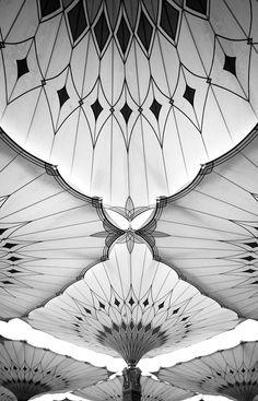 Al-Madinah, a sacred city Ceiling Pattern like, Prophet Mohammeds city photos by Maitha bint Khalid Architecture Design, Islamic Architecture, Beautiful Architecture, Motif Art Deco, Art Deco Design, Art Nouveau, Estilo Art Deco, Inspiration Art, Beautiful Mosques