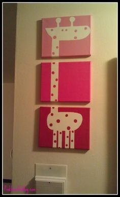 Divided 3 canvas Giraffe for nursery