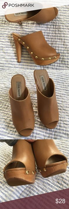 """Steve Madden """"Daynty"""" Wood Heel Mules As seen on Sofia Vergara! Fits a true 6, one heel has bite marks at the bottom from my puppy 🙈 other than that they're in great shape! Offers welcome 🤗 Steve Madden Shoes Heels"""