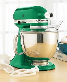 Emerald KitchenAid Stand Mixer #coloroftheyear....this is the color!