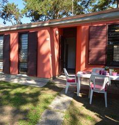 Itálie, Lignano Riviera - Villa Beethoven. Dovolená u moře, rodinná vilka až pro 8 osob, dvě parkovací místa, zahrádka, klimatizace.