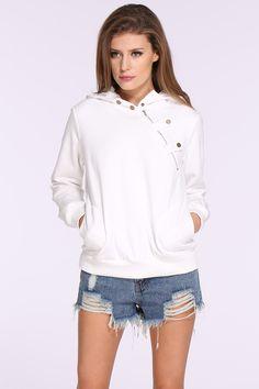 Sweat-Shirt à capuche avec poches  20.70