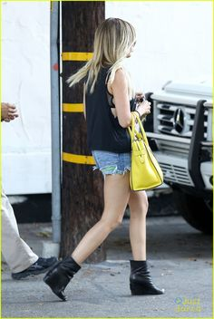 Ashley Tisdale: Planet Blue Pretty! | ashley tisdale planet blue pretty 21 - Photo