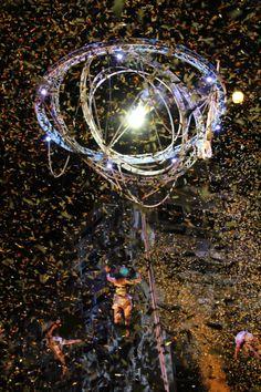 spectacle de cirque aerien aerial show