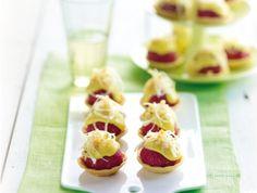 Amusecups met ossenworst en piccalilly mayo - Amuse Lenterecept
