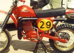 1977- close up on RC500 Honda Works bike