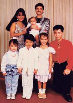 Aww Bruno... This family picture is so cute! I love it so much!