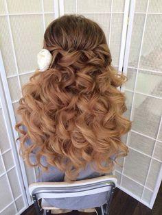 half up half down wedding hairstyles via antonina roman