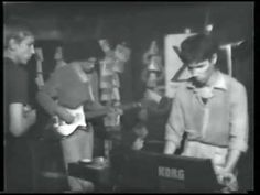 THE YOUNG LIONS - 'Like the Dreaded Sunday' (from the 'Small World' cycle - http://soundblog.bandcamp.com/album/small-world), live at Ultra's, Oktopus, Amsterdam, 22 oktober 1980. Ronald Heiloo (keyboard), Peter Mertens (bass), Rob Scholte (vocals), Tim Benjamin (guitar) en Harold Schellinx (synthesizer). From the Ultra video compilation, by Rob Scholte & René van Asselt