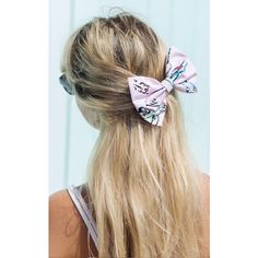 Beauxoxo Pink Retro 1950s Car Print Hair Bow Medium ($16) ❤ liked on Polyvore featuring accessories, hair accessories and multicolour