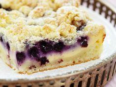 Blaubeer-Quarkkuchen mit Streusel ist ein Rezept mit frischen Zutaten aus der Kategorie Beerenkuchen. Probieren Sie dieses und weitere Rezepte von EAT SMARTER!